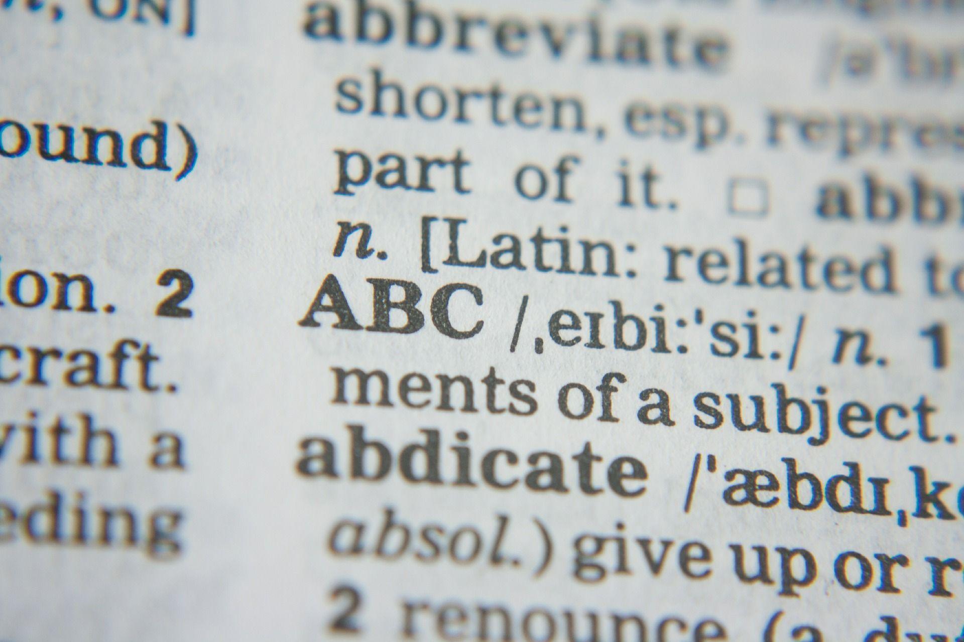 Ton den Boon vertelt over het coronawoordenboek