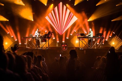De darkroom in met Imagine Dragons en Disclosure