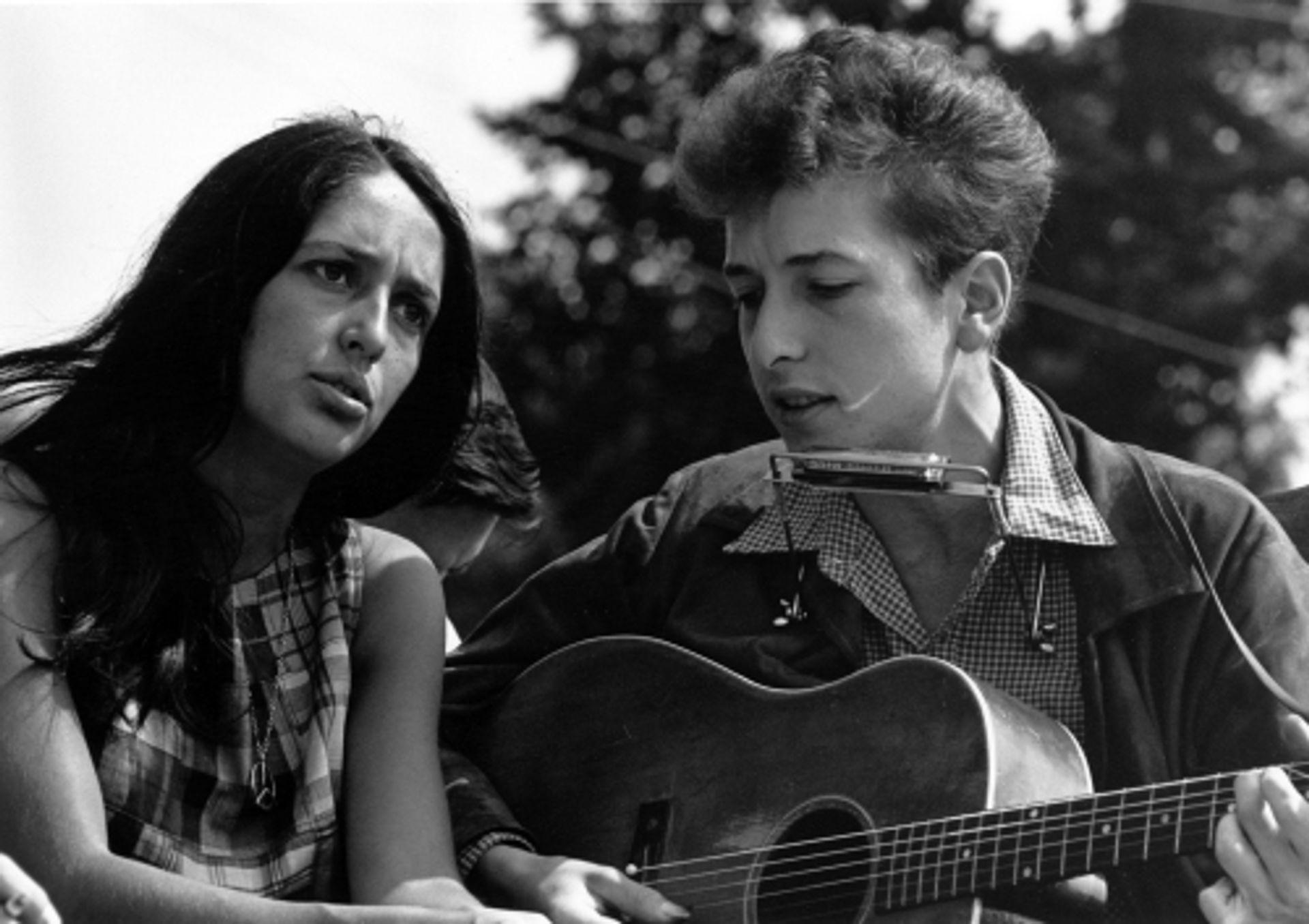 Joost draaide de nieuwste Bob Dylan... van 17 minuten
