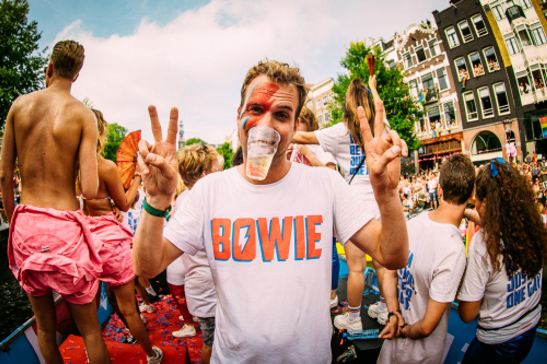Richard Groenendijk in jury bij Canal Parade: