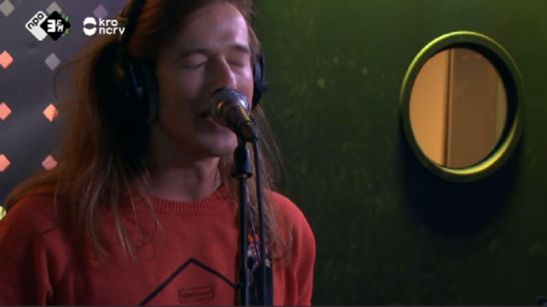Baggio - Mrs. Claus (LIVE @ KEVIN) #3FM #livemuziek #talent