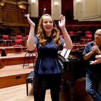 De Ochtend van 4 is een programma met klassieke muziek en het laatste nieuws. Vandaag is Kim Putters onze ontbijtgast en vertelt Laetitia Gerards over de Opera Singalong in Den Bosch!