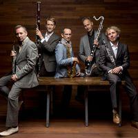 In het programma Avondconcert hoor je dagelijks live opnamen van Nederlandse en internationale concertpodia.