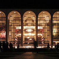 Complete opera's uit de grote (inter)nationale operahuizen, waar mogelijk rechtstreeks. Actualiteiten en veel muziek. Vanavond: Wozzeck van Alban Berg.