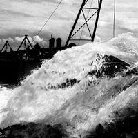 De Ochtend van 4 is een programma met klassieke muziek en het laatste nieuws. Vandaag: Dianda Veldman bespreekt nieuws en kranten, de Watersnoodramp van 1953 wordt herdacht en Ab Zagt over de nieuwste films.