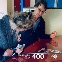 Een prettige muzikale brug tussen Zondagochtend- en Zondagmiddagconcert<br>met aangename muziek en elke week om 13.00 uur de rubriek De Mis-Verkiezing.En aandacht voor de Stemweek van de Klassieke Top 400. Stemmen kan nog tot en met 9 oktober 20:00 uur via nporadio4.nl/stem.