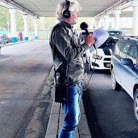 Vers van de pers: de nieuwste cd's, interviews, reportages en de laatste stand van zaken in klassieke-muziekland. En aandacht voor de Stemweek van de Klassieke Top 400. Stemmen kan nog tot en met 9 oktober 20:00 uur via nporadio4.nl/stem.Elke werkdag van 16:00 tot 19:00 uur en op zaterdag van 17:30 tot 19:00 uur op NPO Radio 4. Met Hans Haffmans, Dieuwertje Blok en Wouter Pleijsier.