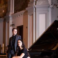 Zaterdag 29 mei presenterenLestari Scholtes en Gwylim Janssens: The Scholtes & Janssens Piano Duo Een goedemorgen met...