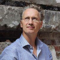 Zaterdag 11 juli presenteert schrijverJaap Scholten Een goedemorgen met...