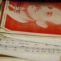 <strong>A.</strong><br><strong>Hilversumse Muziekschatten<br></strong>Muziek uit de podcast 'Hilversumse Muziekschatten' die werd gevonden in de kelders van het Muziekcentrum van de Omroep in Hilversum en die door musici uit het Radio Filharmonisch Orkest en het Groot Omroepkoor speciaal voor de podcast werden opgenomen.<p>Programma : </p> <p><strong>Hans Lachman – Artis Suite (?)<br></strong>1. Kamelen (camels)<br>2. Roofdieren achter tralies (predators behind bars)<br>3. Volière (aviary)<br>4. Gazellen (gazelles)<br>5. Reuzenschildpad (Galápagos tortoise)<br>6. Brilslang (Indian cobra)<br>7. Wezeltje (little weasel)<br>8. Olifant (elephant)<br>9. Slotmarsch der pinguïns (Final march of the penguins)</p><p>Uitvoerenden:</p><p>Ben Martin Weijand - piano<br>Ingrid Geerlings - fluit en piccolo<br>Hans Wolters - hobo en althobo<br>Sergio Hamerslag - klarinet<br>Jos Lammerse - fagot<br>Petra Botma - hoorn</p> <p><strong>Marius Flothuis – Bicinia, op. 20 (1944)<br></strong><strong>6 </strong><strong>liederen</strong></p><p>1. Rondel<br>2. Ronde<br>3. Kyrie<br>4. Lied<br>5. Abschiedslied<br>6. Copla</p> <p>Uitvoerenden:</p><p>Anitra Jellema - sopraan<br>José Kamminga - alt<br>Josje ter Haar - viool<br>Michiel Eekhof - viool en altviool<br>Carla Meijers - fluit en altfluit<br>Marjolein Koning - hobo en althobo</p><p>Voor drie speciaal bezette instrumentale duetten:</p> <p>Carla Meijers en Maike Grobbenhaar - fluit Sergio Hamerslag en Esther Misbeek - klarinet Marjolein Koning en Hans Wolters - althobo</p><p><strong>Daniel Belinfante – Kwartet, voor piano, 2 violen en cello (1927)</strong></p><p>Uitvoerenden:</p><p>Stephan Kiefer - piano<br>Mariska Godwaldt - viool<br>Dana Mihailescu - viool<br>Rebecca Smit - cello</p><p>Opname 4 september 2020, MCO Hilversum</p><p><strong>B.<br></strong><strong>Liza Ferschtman<br></strong>Liza Ferschtman kwam dit voorjaar door de Coronacrisis thuis te zitten. Toen in de zomer het concertleven langzaam weer op gang kwam, besloot ze de draad