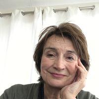 Zaterdag 23 mei presenteert schrijfster en journalist Marjoleine de Vos Een goedemorgen met...