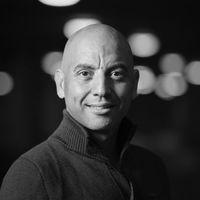 Bariton en artistiek leider van Opera Forward Festival Anthony Heidweiller presenteert op 23 februari Een goedemorgen met...