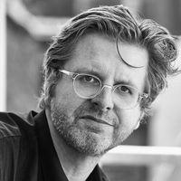 Zaterdag 16 november presenteert Norbert ter Hall, film- en televisieregisseur, scenarioschrijver en producent, Een goedemorgen met...