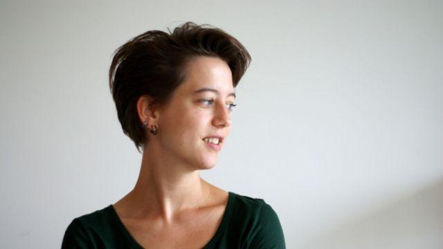 """Slaapservice: Roos van Rijswijk - verhaaltje uit """"De olifant van de bovenbuurman"""""""
