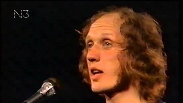 4FM #23: Herman van Veen zingt Legrand