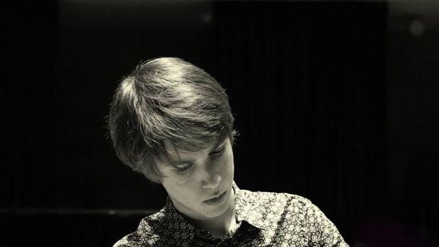 Mattias Spee speelt allegro uit sonate in b klein van Wölfl