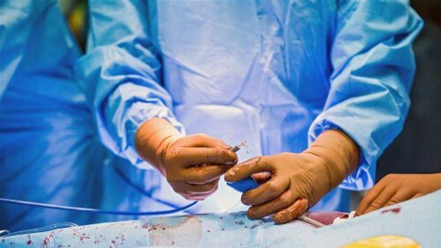 Toezicht op implantaten rammelt