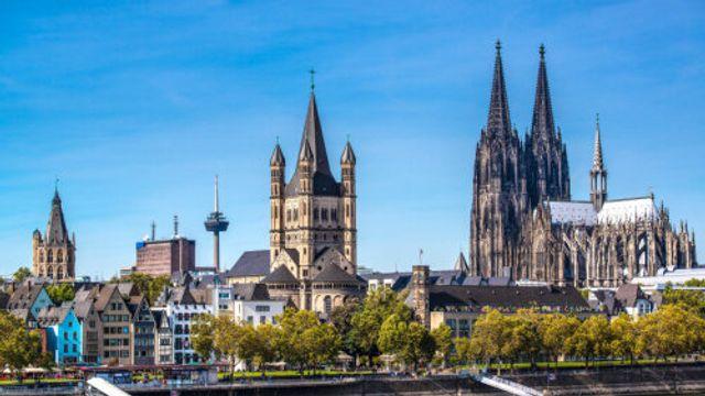 Hollandsche Nieuwe! Brandenburg: IV. Lively van Tim Kliphuis