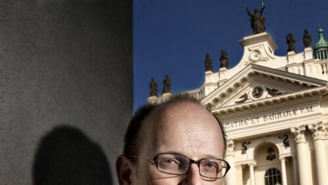 Pauselijk schrijven biedt mogelijk versoepeling van het celibaat