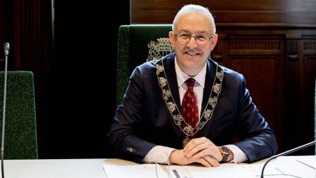 Burgemeester Aboutaleb opent de stemweek
