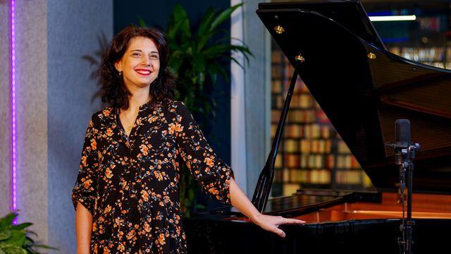 Nino Gvetadze speelt Arabesque op.18 van Schumann