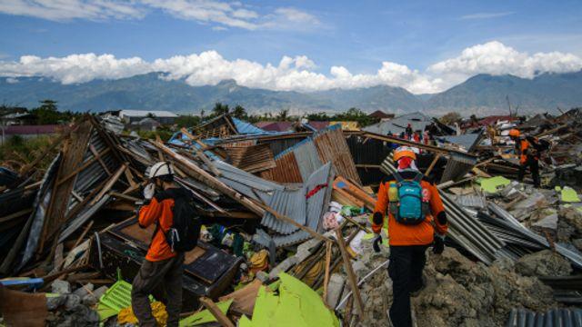 Ritsko van Vliet is in Sulawesi