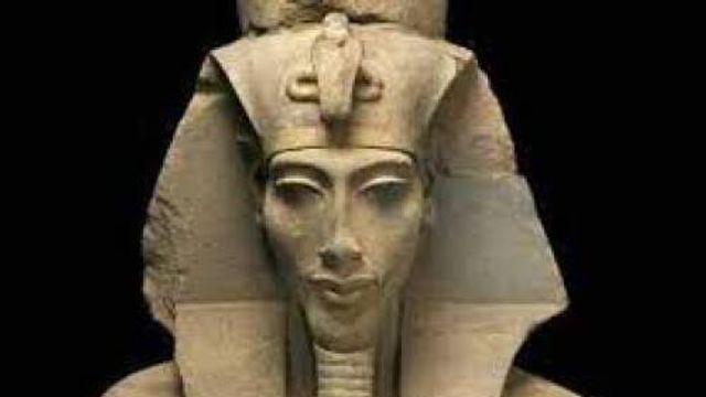Hollandsche Nieuwe! Akhnaton van Oene van Geel door het Osiris Trio