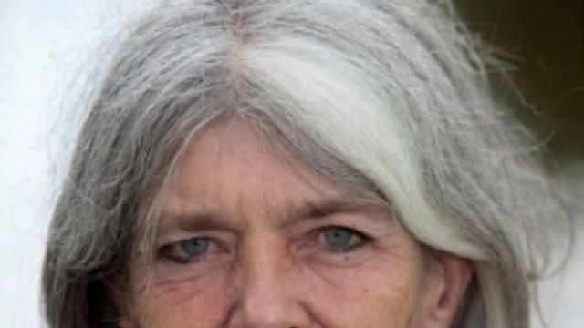 Slaapservice: Anna Enquist – Nieuws van Nergens, gedicht