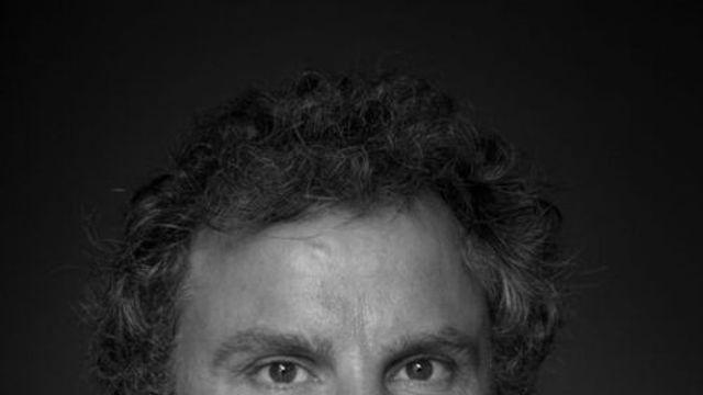 Gedicht: Opgeblazen en uitgevouwen van Tsead Bruinsma